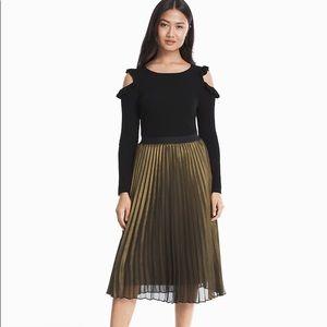 EUC⭐️ WHBM Pleated Metallic Midi Skirt in Gold